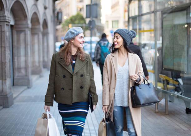 <strong>Abbigliamento Donne Incinte</strong>: <strong>Acquista</strong> online con la migliore offerta da dove tu sia