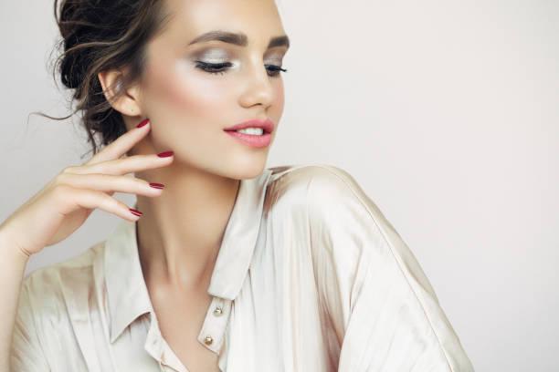 <strong>Acquista</strong> <strong>Cat Eyeliner 10 Styles modello per il Blissany</strong> da casa al miglior prezzo in linea
