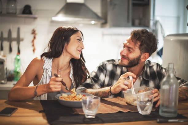 <ins>Acquista</ins> <mark>Pentole universali Compatibile con fornello a induzione per cucina</mark> a prezzo di super offerta