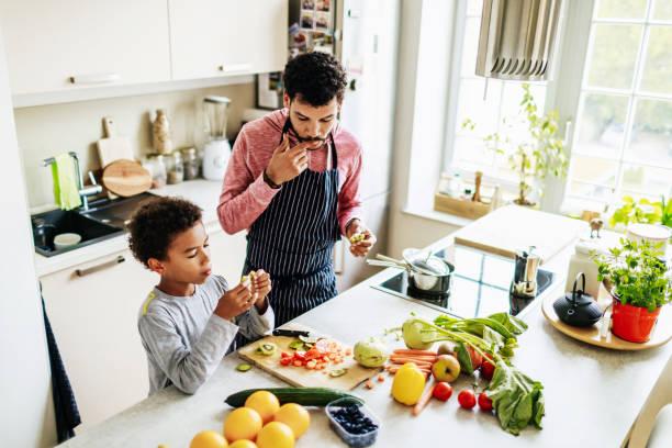 <em>Pentole bagnomaria Space Home per cucina</em>: <u>Acquista</u> a prezzi da matti dallo Smartphone